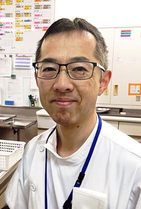 医師 青野 貴吉